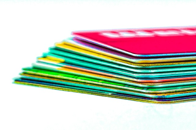 Avoid the Dangers of Credit Cards While Reaping the Benefits